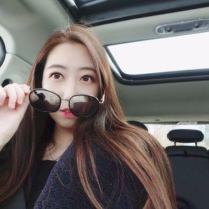 UV Gold Frame Mirror Sunglasses